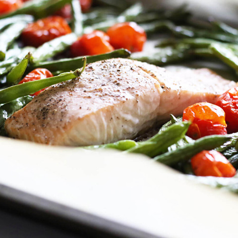 One pan salmon with green beans roasted tomato