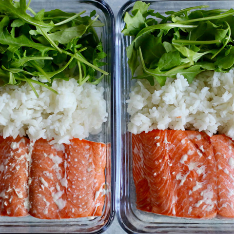 Salmon rice arugula